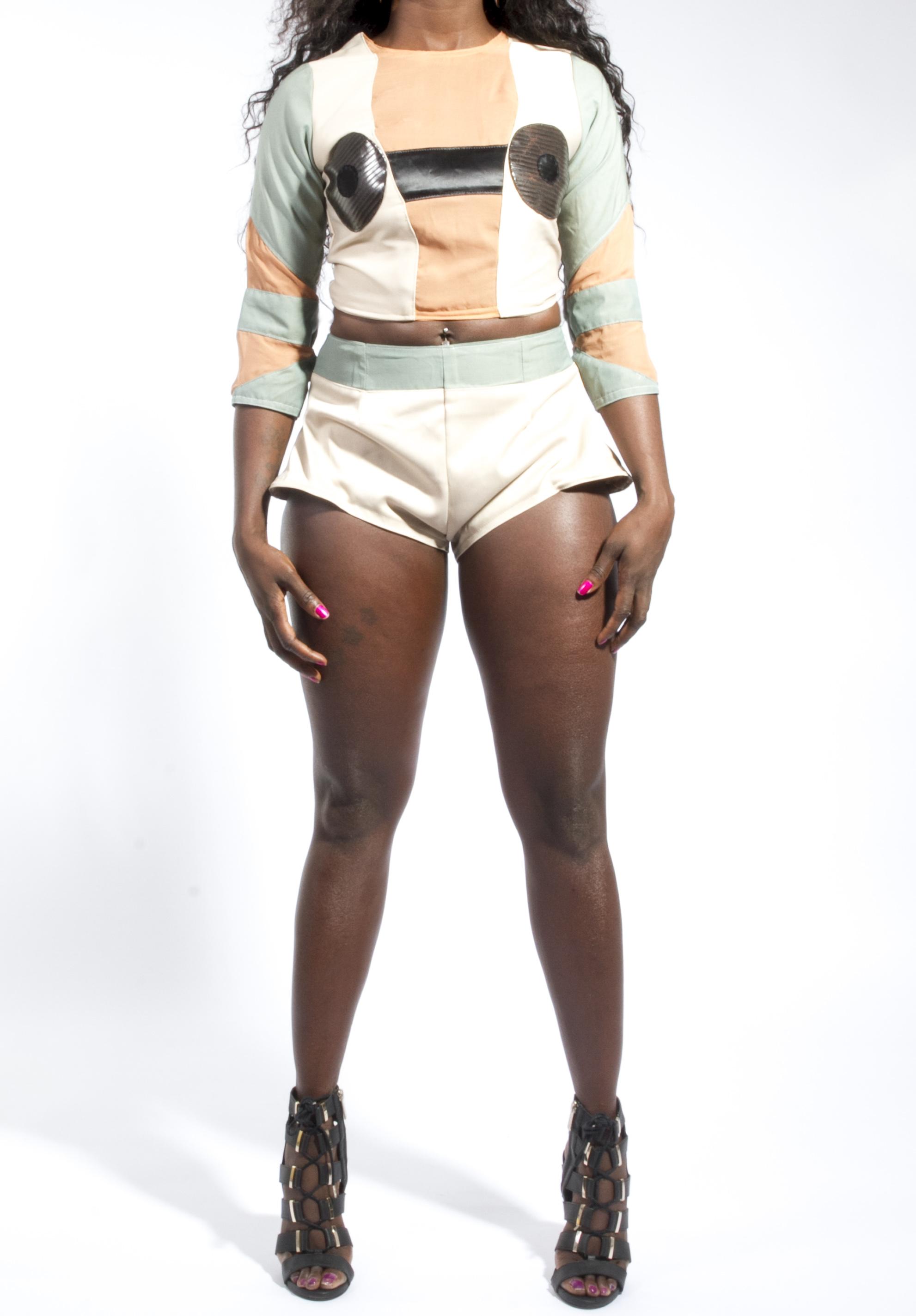 3D Sculpted Shorts & Detail Crop Top