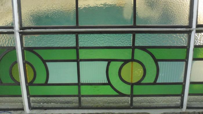 P1090472 green glass.JPG