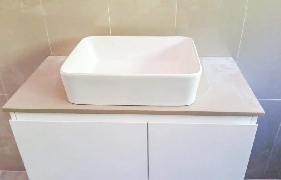 Contemporary modern bathrrom vanity