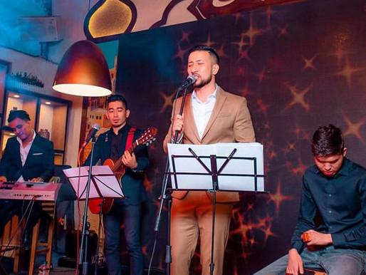 Adylzhan: Famous Singer