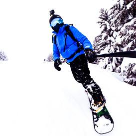 Snowboarding - Nugrip-gopro-hero8-selfie