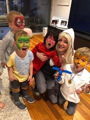Spdier Girl Gwen Stacey Kids Birthday Party Host