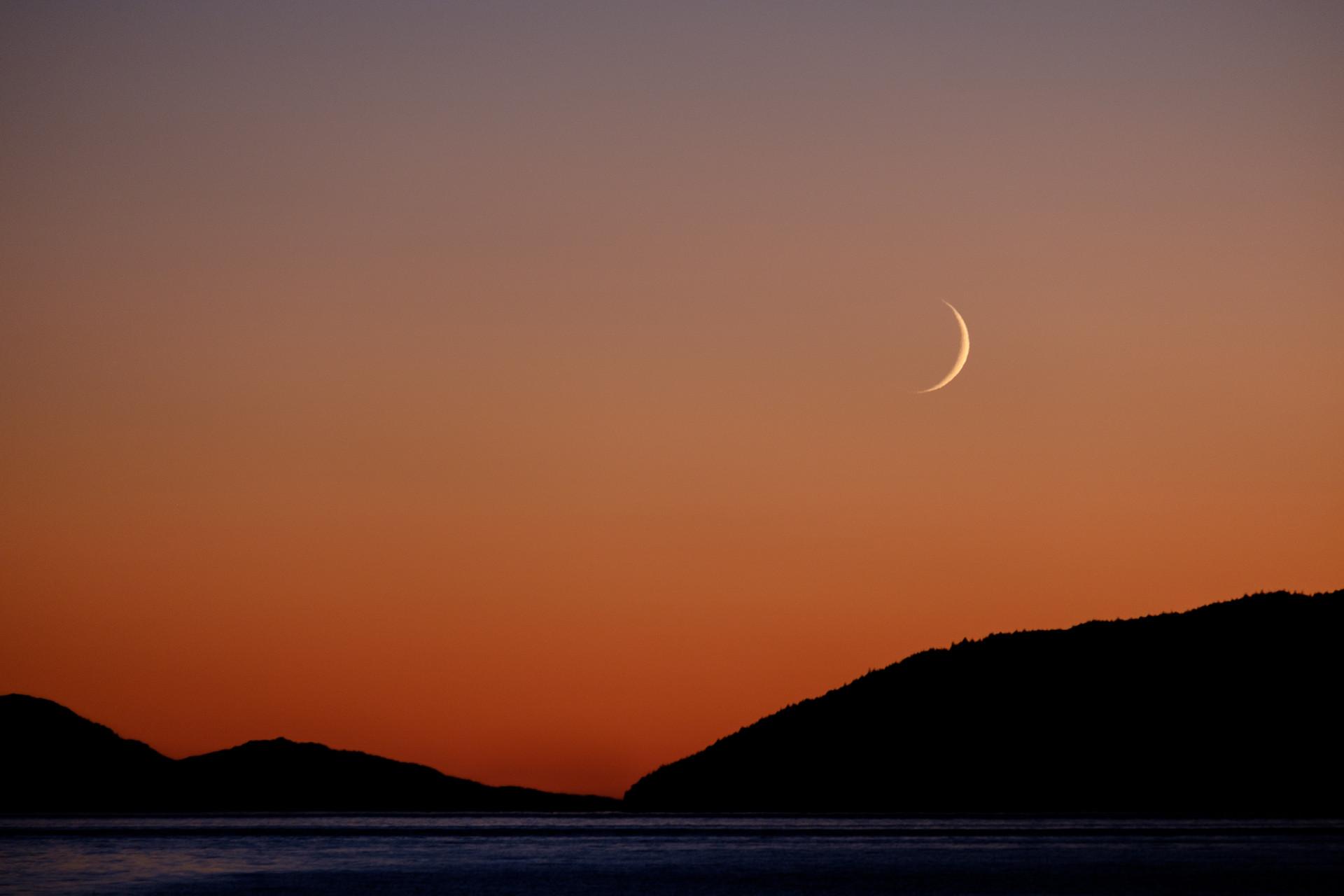 Moonrise, sunset.