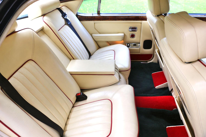 Bentley unique contrast