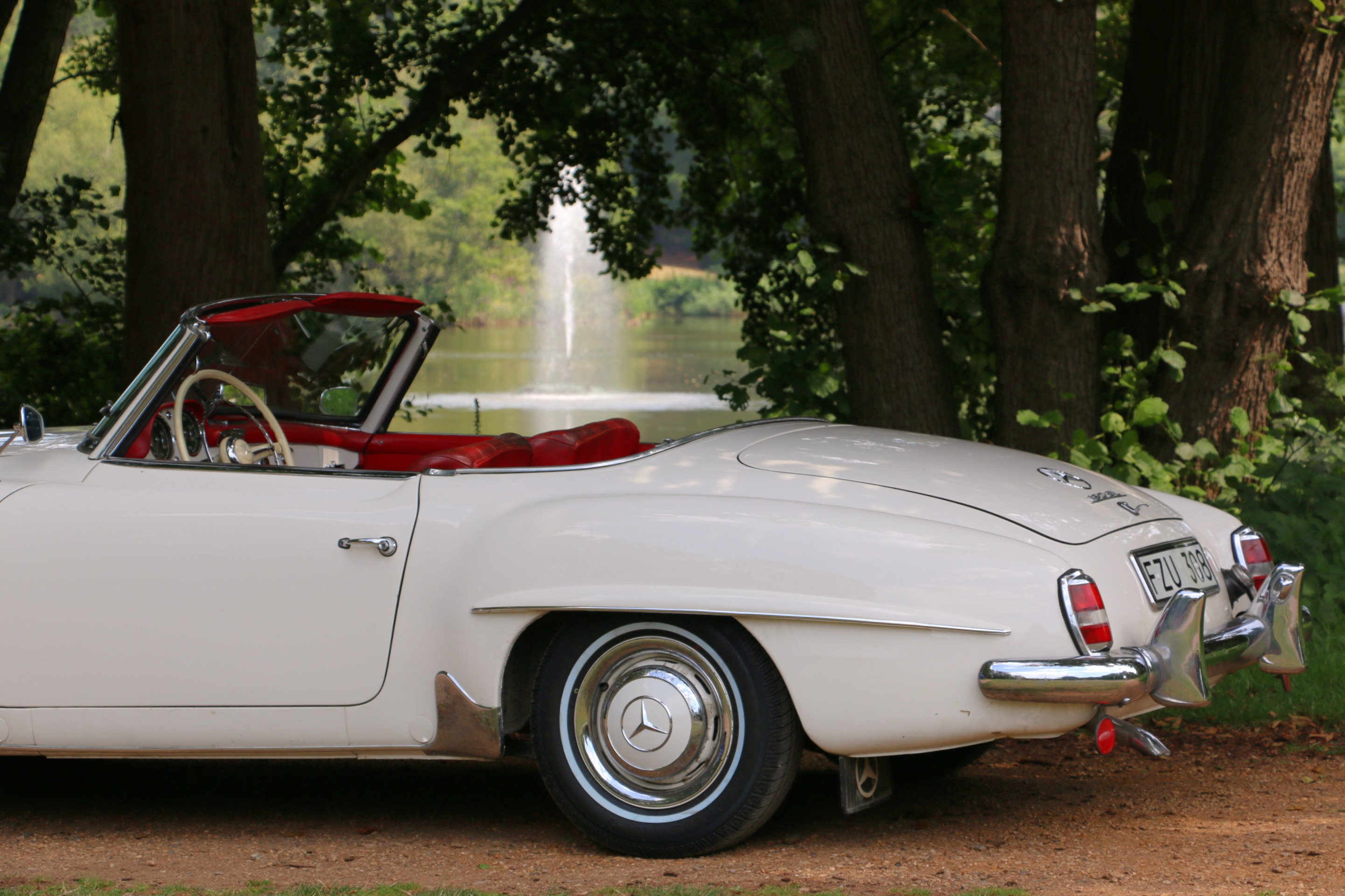 Mercedes 190SL For Hire 6.jpg