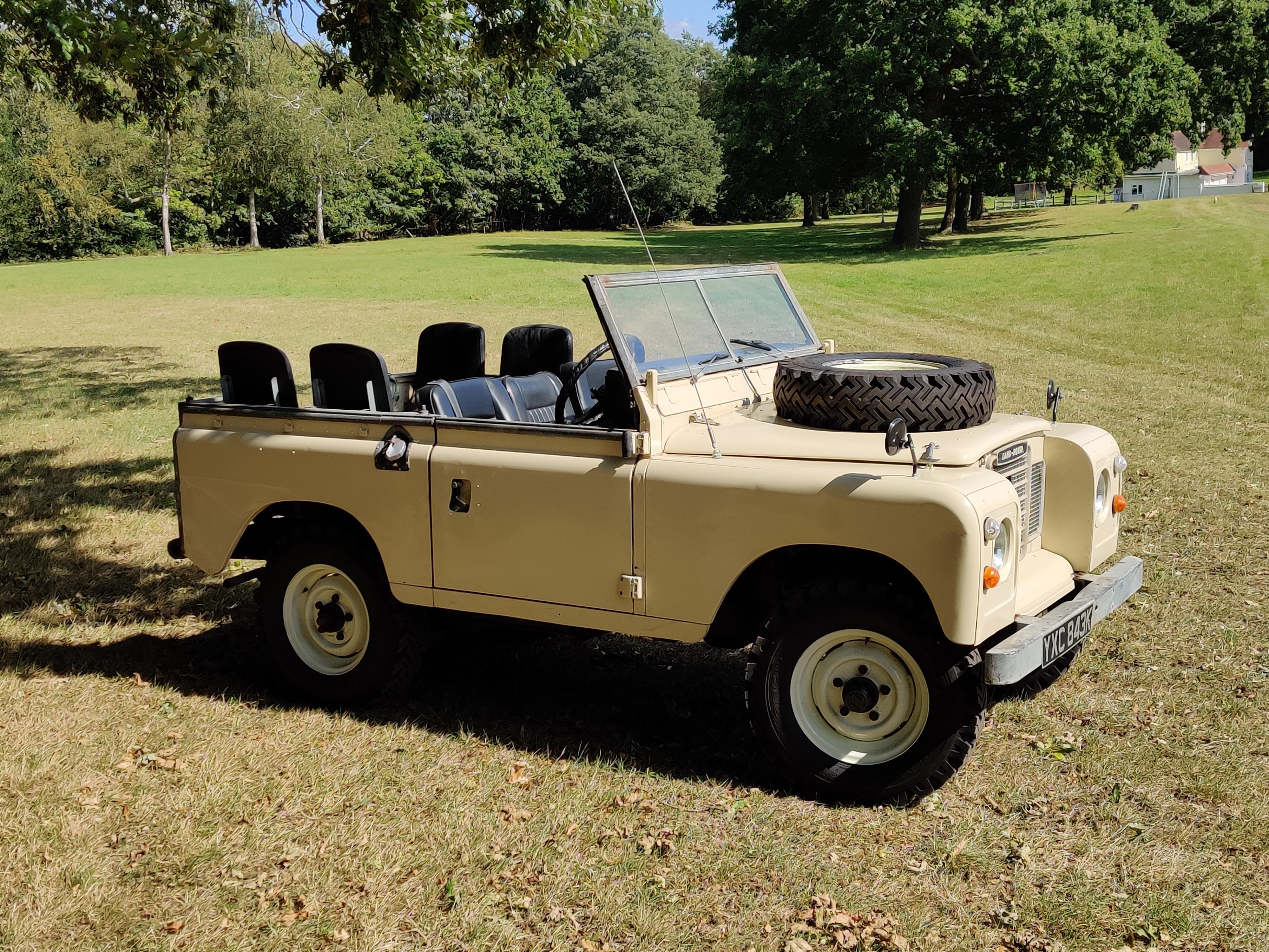 Land Rover fore Hire 3