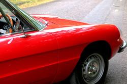Alfa Romeo 2000 Spider for hire 4
