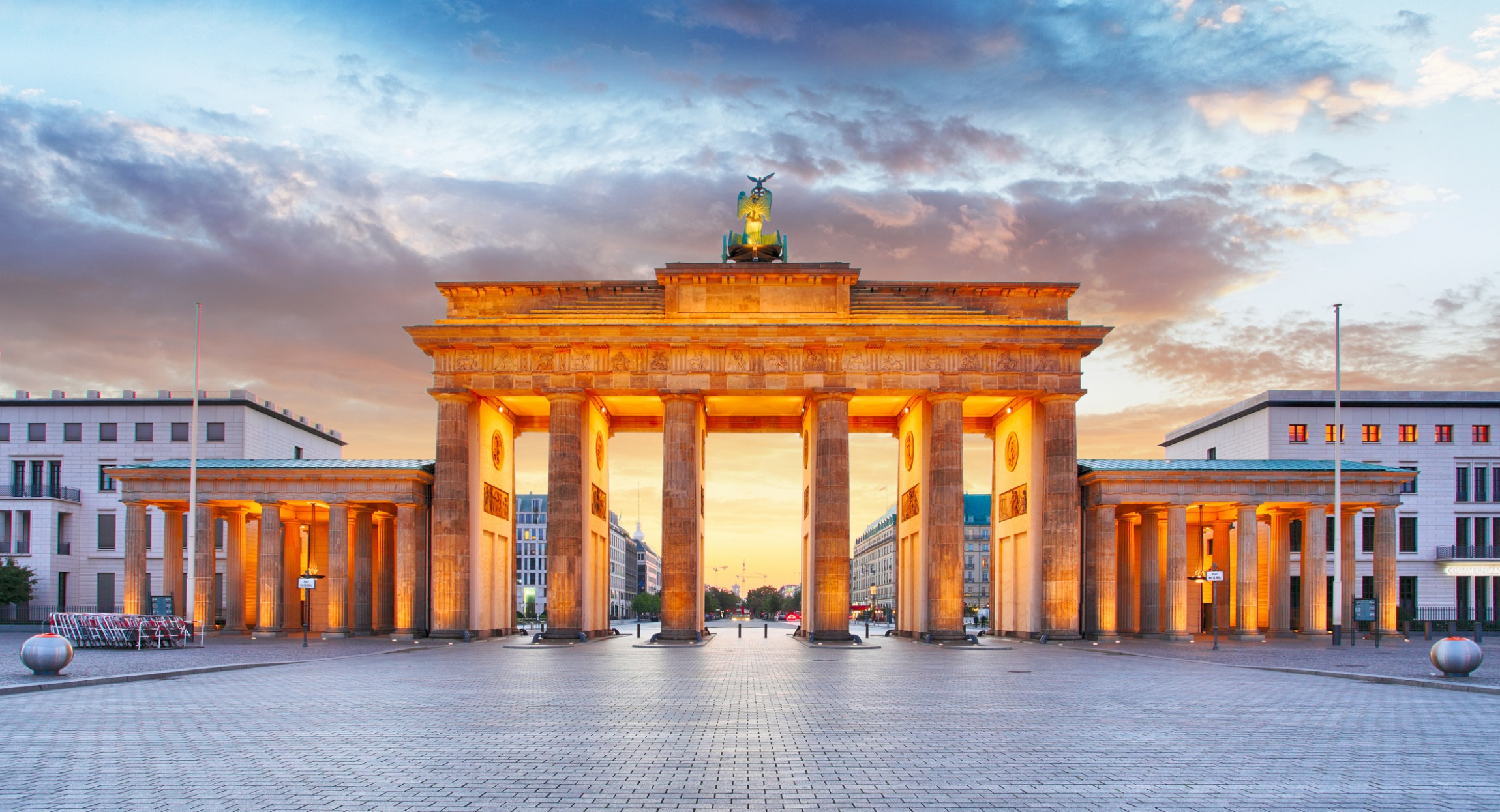 Brandenburg Gate, Berlin_0