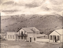 A photo of the South Pass Hotel in the 1890s