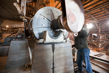 Milling equipment being installed in the Carissa