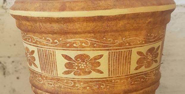 Vasija grande decorada (Símbolo de flor)