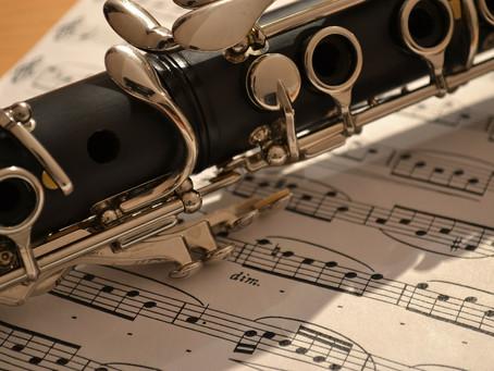 クラリネットを吹いてみませんか?!