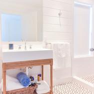 Bathroom - Surf Houseg