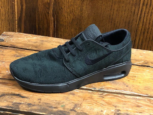 Nike Men's SB Air Max Janoski 2 Shoe Black