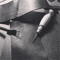 Uneven leather products, accessories handcraft in canada with Veg tanned leather. unique pieces, leathercraft