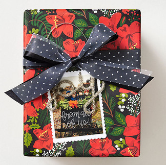 Holiday Red Floral gift wrap