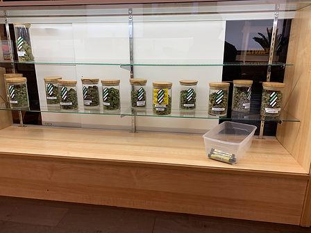 2021-03-27-TWEEDLEAF-academy-cannabis-ja