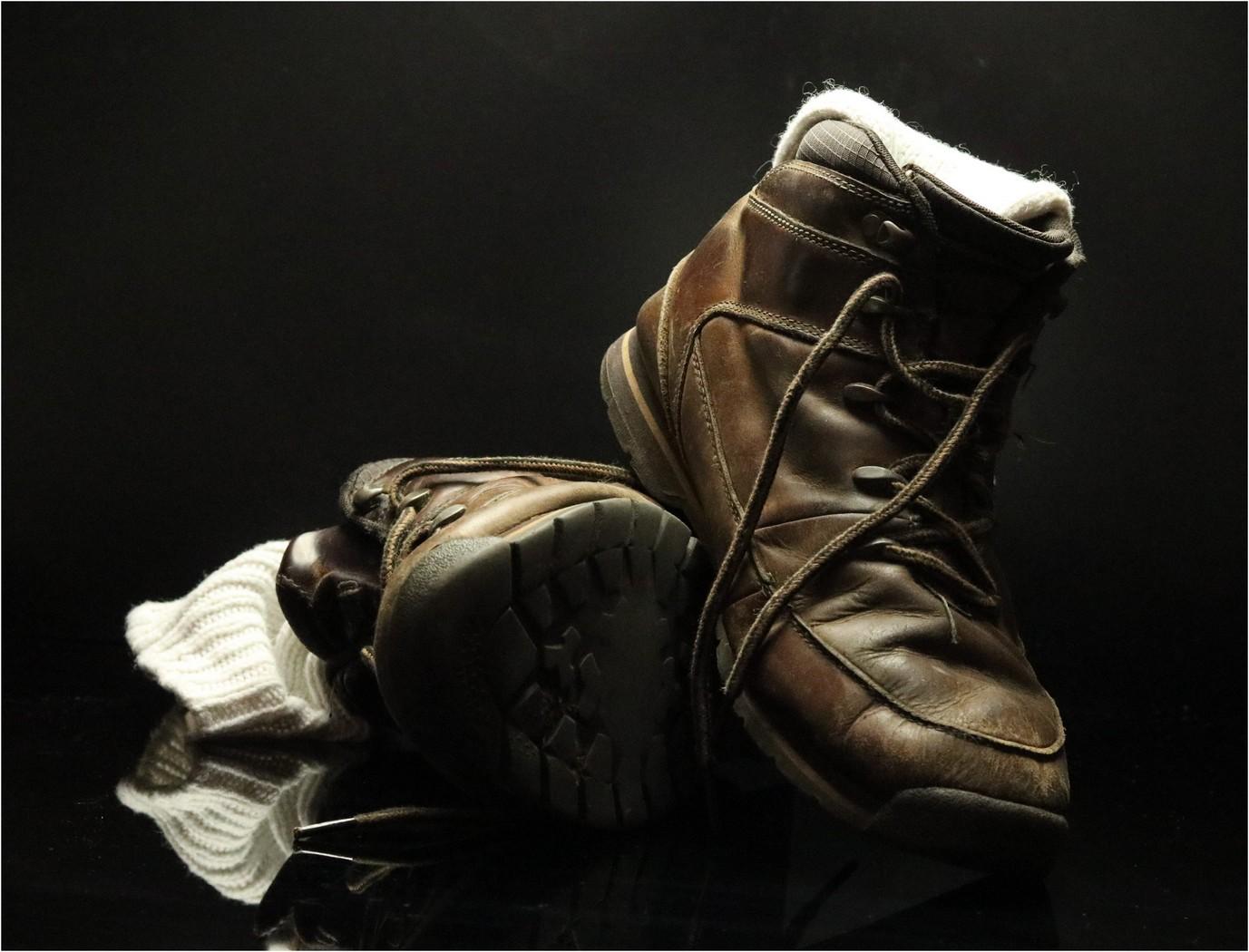 Boots. J. M