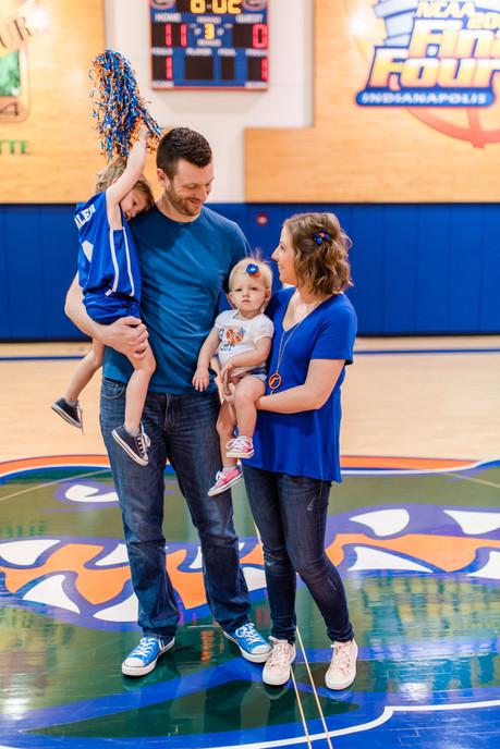 Parler Pregnancy Announcement   Gainesville Family Photographer   CWP Photographer