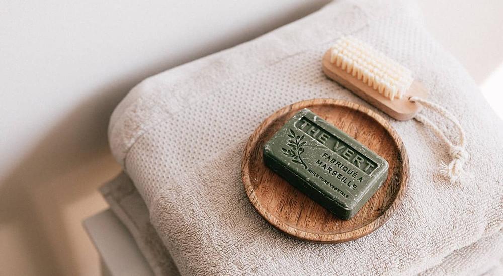 luonnonkosmetiikka shampoo