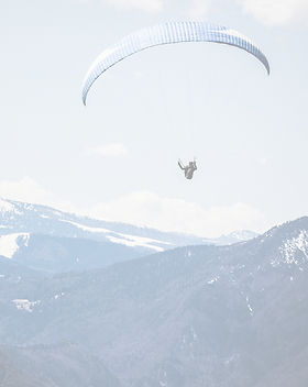 Paragliding%2520in%2520the%2520Mountains