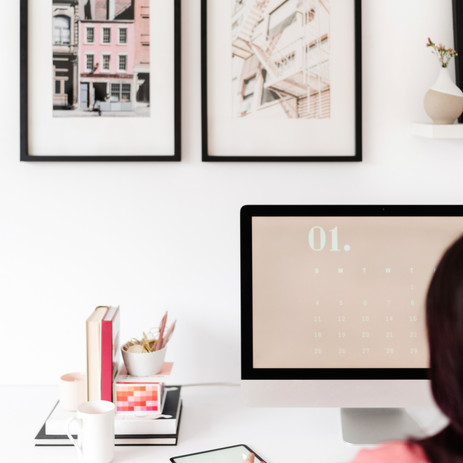 How To Go From Side-Hustle to Full-Time