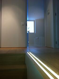 Ledlight on glass panel