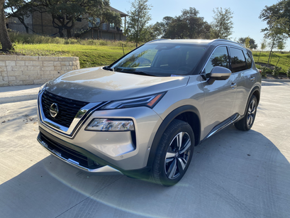 First Drive: 2021 Nissan Rogue - Time To Go Rogue?