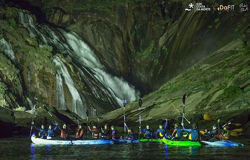 ruta nocturna kayak ezaro