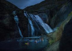 ruta nocturna kayak ezaro cascada