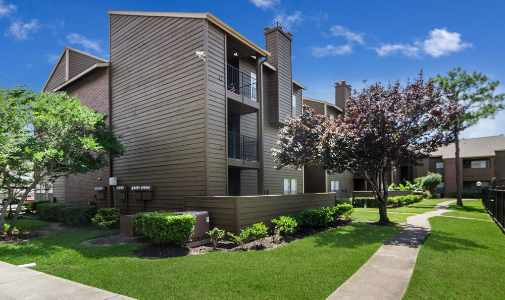 large-apartments-in-houston-for-rent