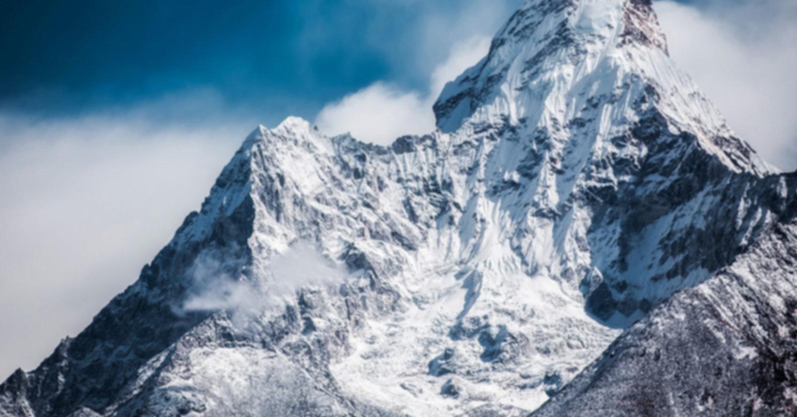 ama-dablam-mountains.jpg