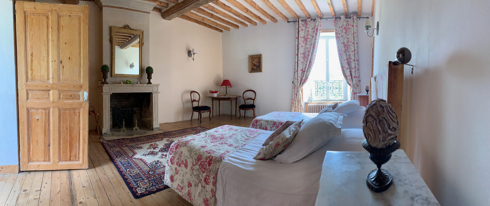 le castellier room