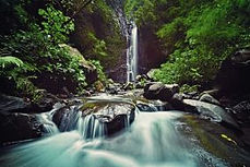 Les waterfall.jpg