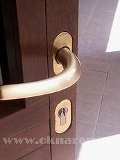 Ремонт деревянных дверей и окон