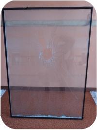 Фото Замена разбитого стеклопакета