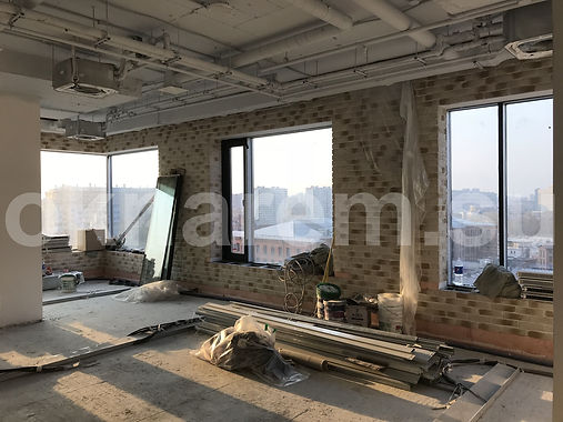 Установка окон для проветривания в фасад БЦ Данилов Плаза