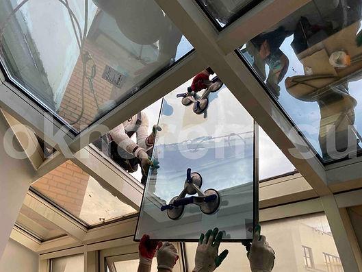 Замена стеклопакетов в алюминиевых конструкциях альпинистами