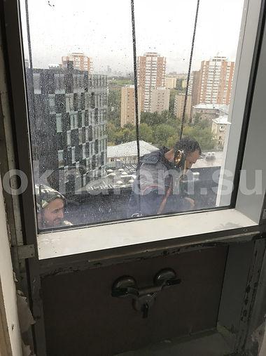 Замена стеклопакетов в фасадном остеклении Мосфильмовская 8