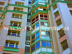 Демонтируемый балкон в фасаде жилого комплекса Доминион