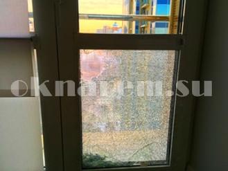 Замена стеклопакета в окне ШУКО