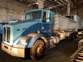 78-11995-kenworth-t450-tanker-truck-3-co