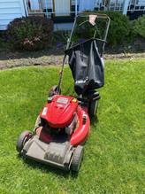 129-1-troy-bilt-lawn-mowerjpg