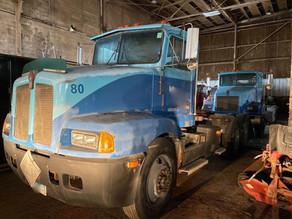 74-1-1989-kenworth-t400a-trucktractor-w
