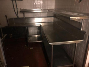 1044-1stainless-steel-dish-tables-with-h