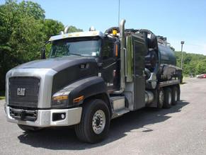 271a-1-2016-international_cat-ct660-cv-series-hydro-excavation-truck.jpeg