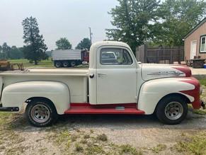 2-121-1-1952-ford-f-1-pickup-truck.jpg