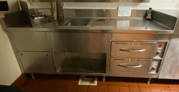 216-1-stainless-steel-counter-with-sink-and-warming-drawers.jpg