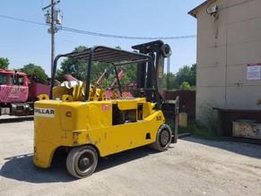 225-1-caterpillar-model-t200-lp-20000-lb-cap-forklift.jpeg