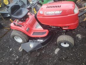 130-1-troy-bilt-riding-lawn-mower-42-inc